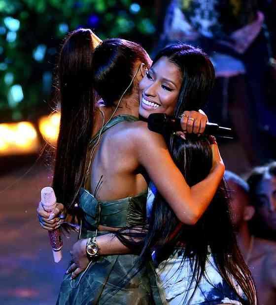 Tom i Ariana spajanja