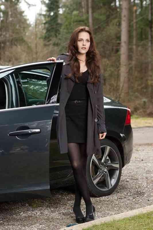 sú Bella a Edward stále datovania v reálnom živote
