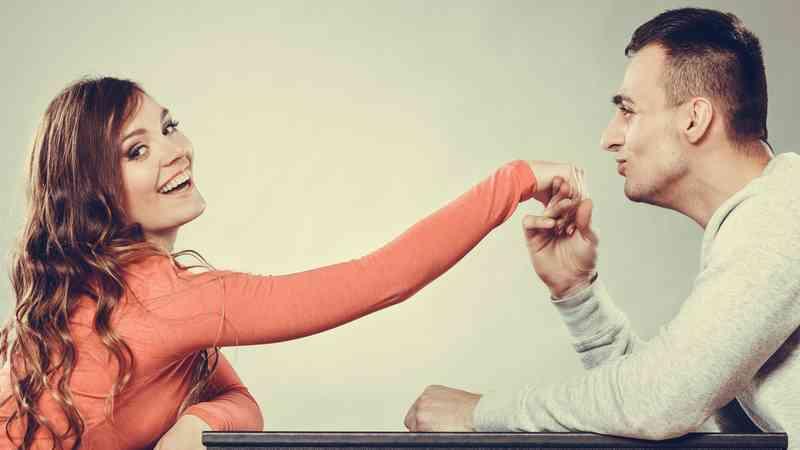 Co dělat, když chodíš s někým