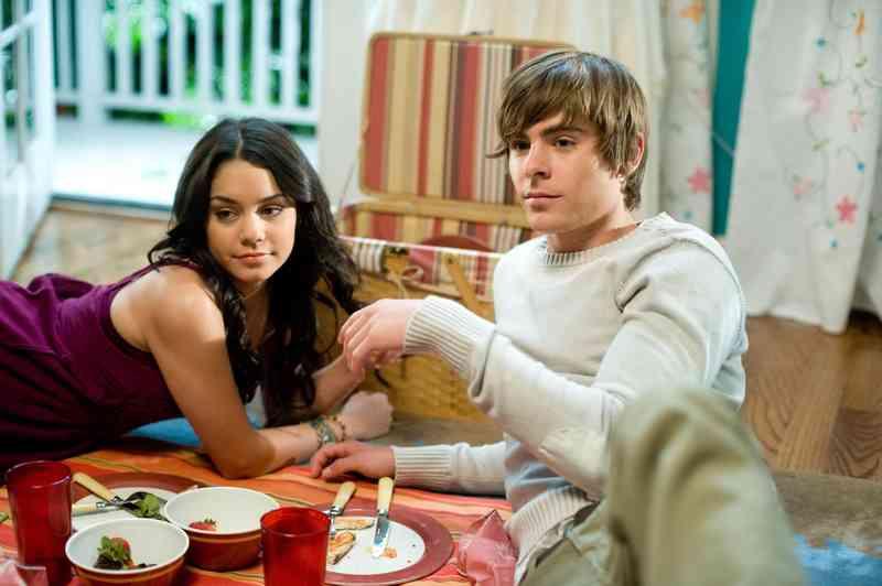Troy wciąż spotyka się z Gabrielle