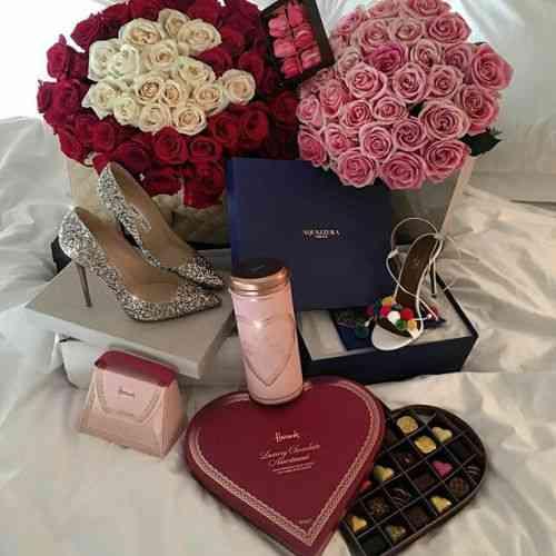 koji se sastaje 6 dana za Valentinovo