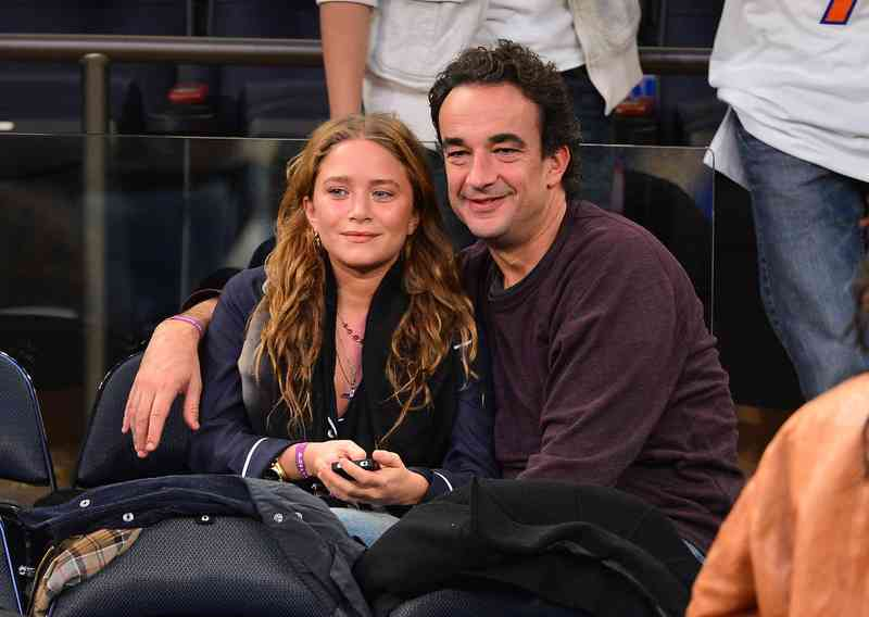 Mary Kate a Ashley datovania 2013