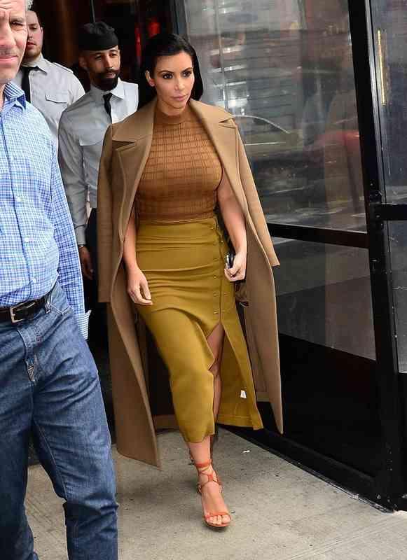 hogyan kezdte Kanye és Kim randevúzni hogyan lehet elmondani az ex-nek, hogy valakivel újabb randevúzol