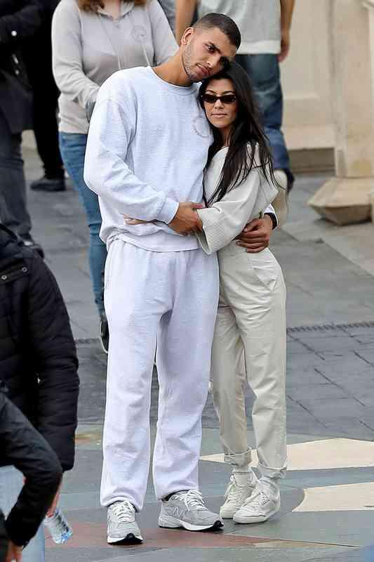 Selena gomez izlazi s kim 2013