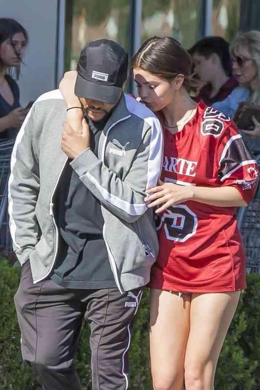 sú Justin a Selena stále datovania dnes americkí vojaci podvody na vojenskej dátumové údaje lokalít