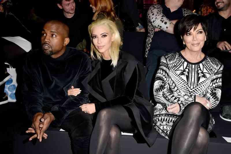 keď sa Kim Kardashian a Kanye Západ začal chodiťZoznamka Sims pre chlapcov na DS