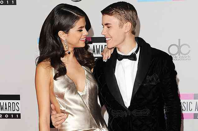Selena Gomez alkoi dating Justin Bieber Robin ja Raven koukku