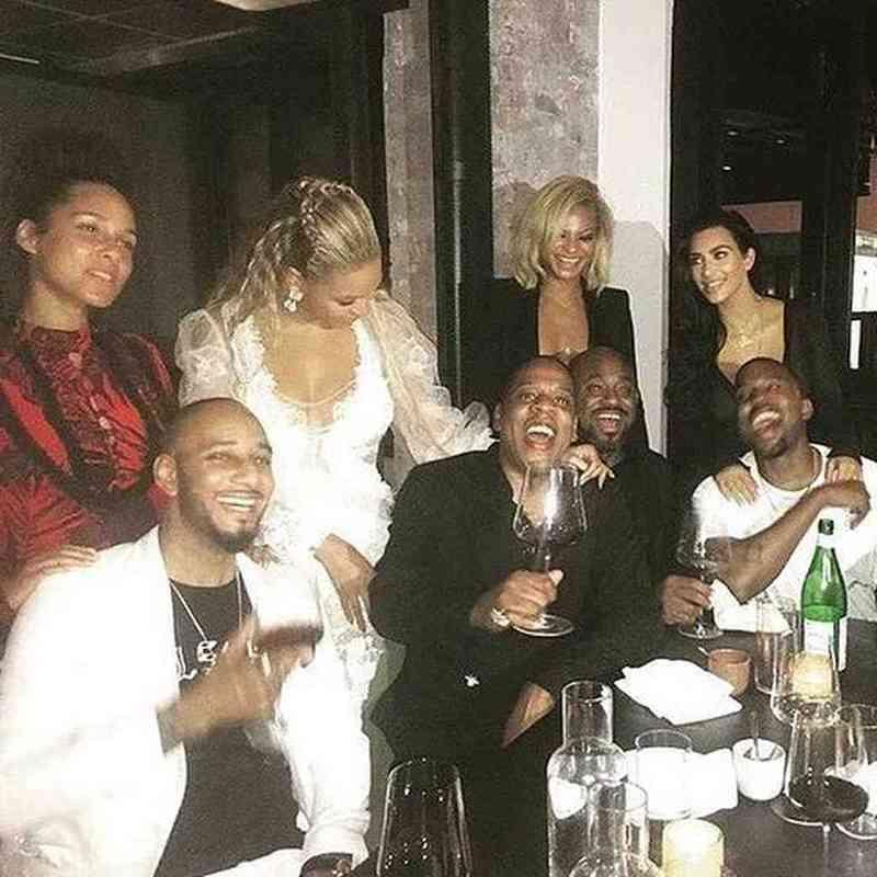 kim kardashian i kanye west počeli su se družiti