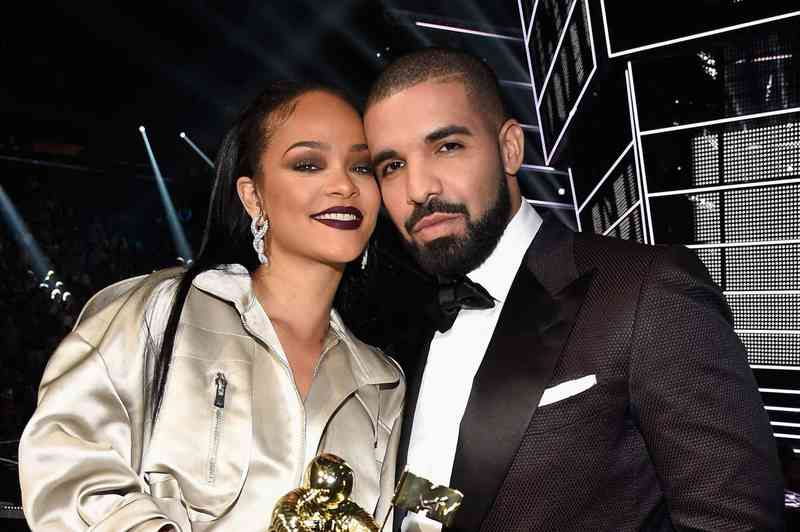 je Drake a Rihanna datovania