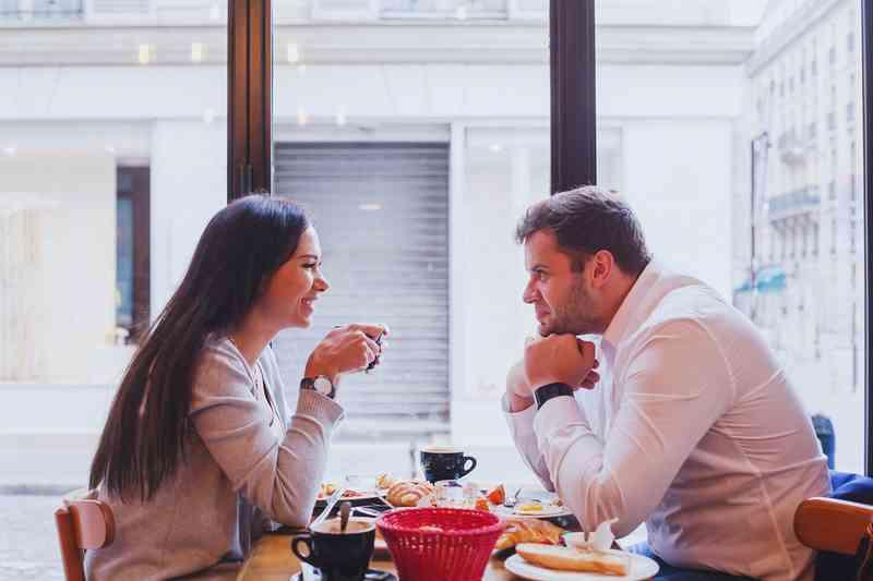 sotilaat dating site UK