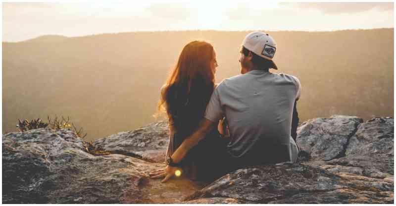 Hva does den mening når du har en drømmen om daterer din venn affære varsling datingside