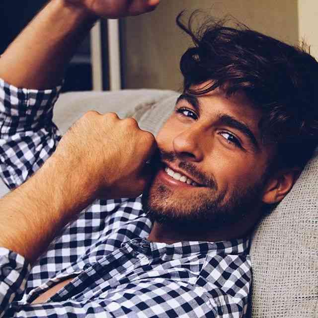 dating en genert aries mand gode spørgsmål til at spørge en fyr før han daterer