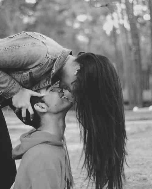 Dating teken compatibiliteit bezorgdheid over dating een jongere man