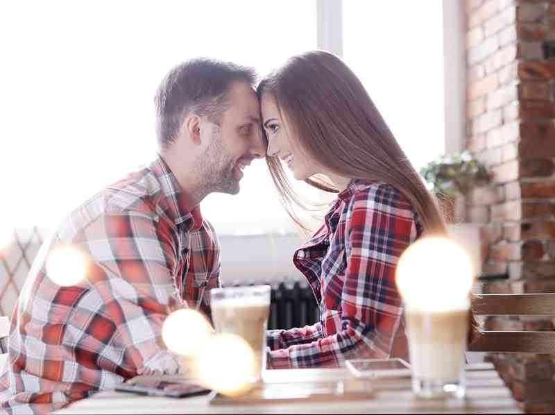 ako sa dostať cez vaše ex manželka datovania niekoho iného
