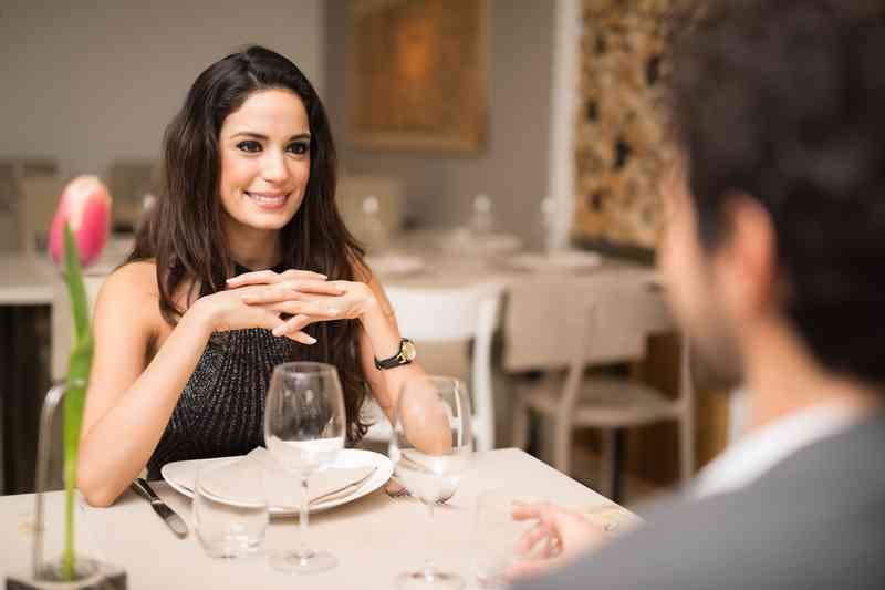 Miten saan ex tyttö ystävä takaisin, kun hän on dating joku muu