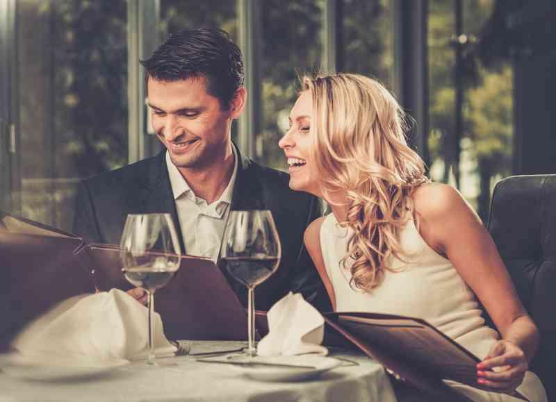 Online datování nejlepší první rande
