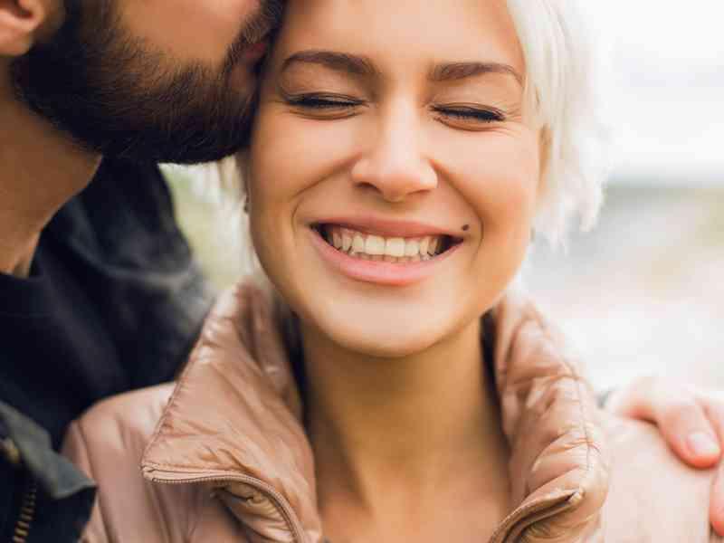 Ako sa pohybovať od datovania do manželstva