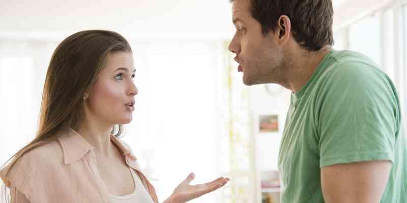 Když osoba, kterou milujete, chodí s někým jiným