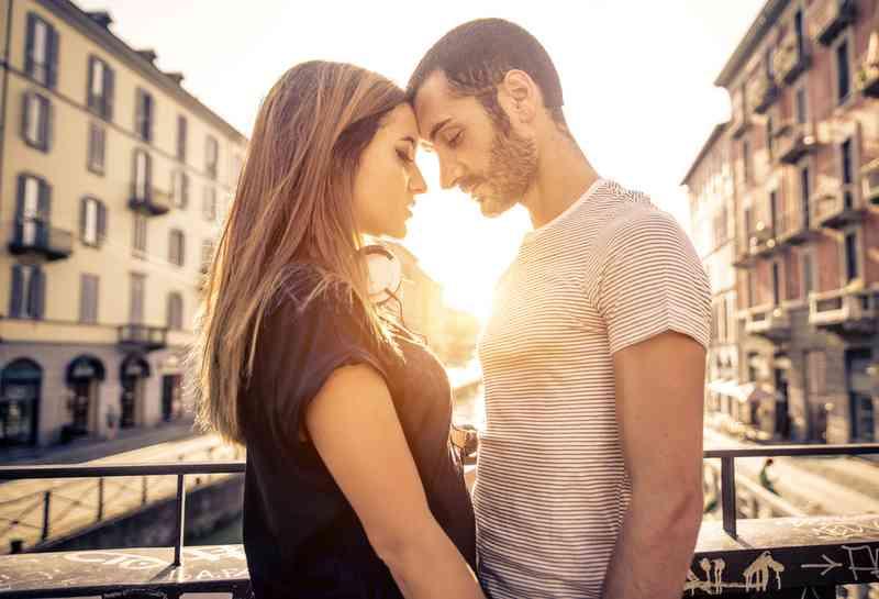 Hvor å fortelle hvis din  daterer en taperen
