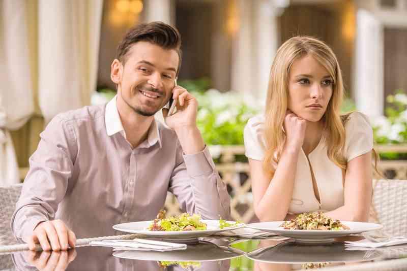 internet datování první rande seznamka spokane