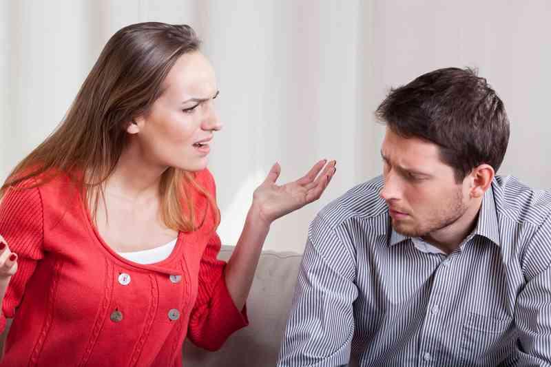 Pokud chodíš s někým, jsi přítel a přítelkyně