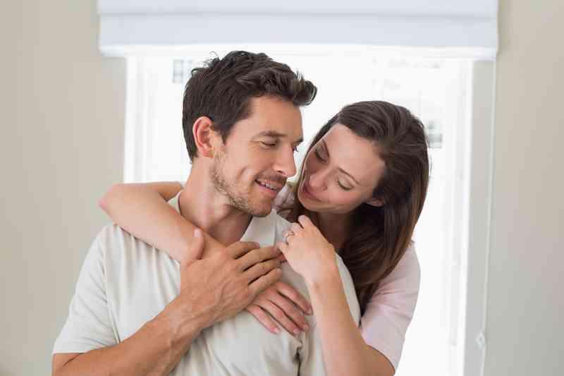 Hogyan lehet visszajutni, ha valakivel randiznak