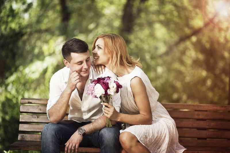 Outo todellisuus dating osoittaa