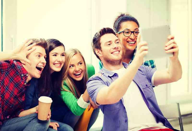 legrační datování profil žena indiatimes free matchmaking